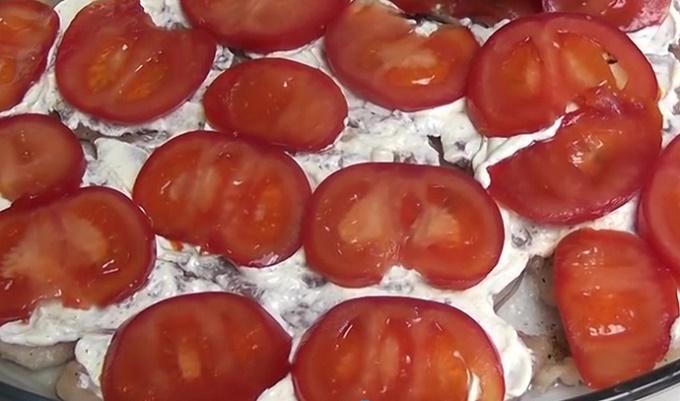Красиво раскладываем помидорки