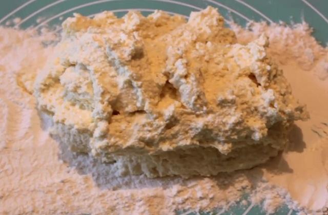 Творожное тесто с черникой