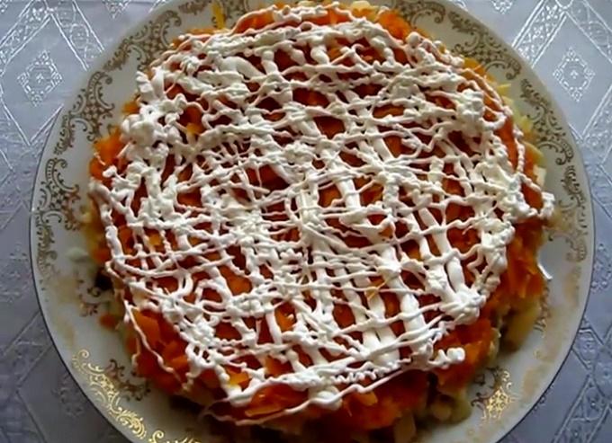 Морковь на блюде