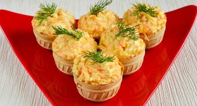 Тарталетки с корейской морковью