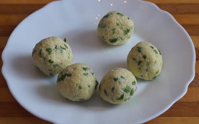 Шарики из сыра для куриных котлеток
