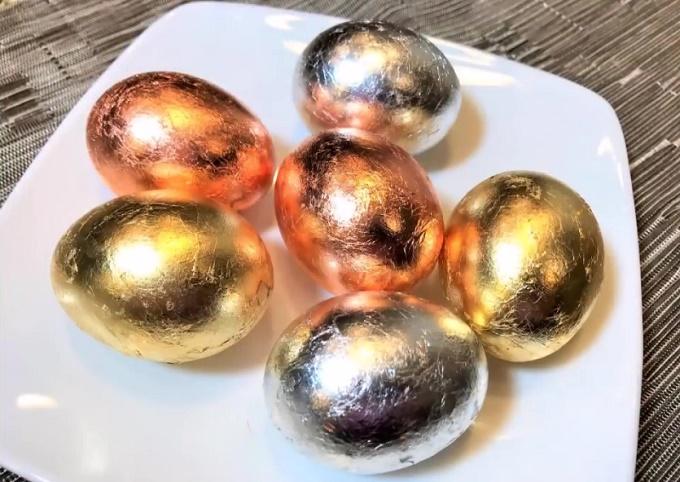 Яйца с блестками