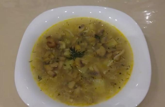 Суп с шампиньонами и вермишелью