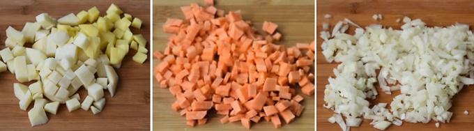 Измельчаем картофель, лук, морковь