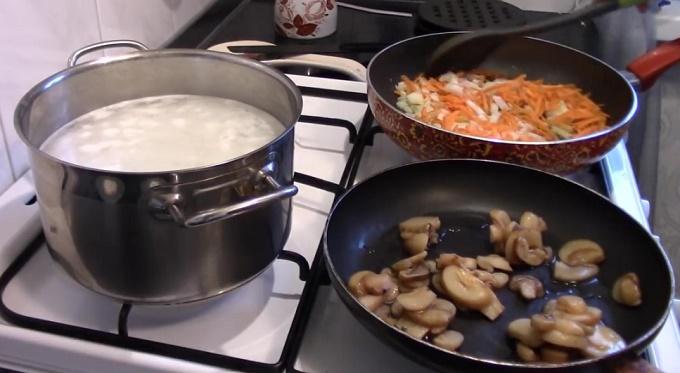 Морковь на сковородке