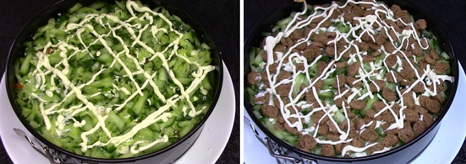 Слои огурцов и сухариков в салате