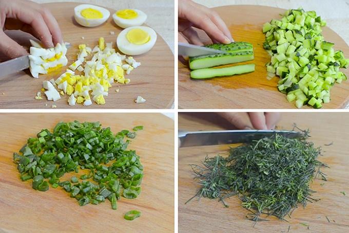 Режем огурцы, яйца, зелень