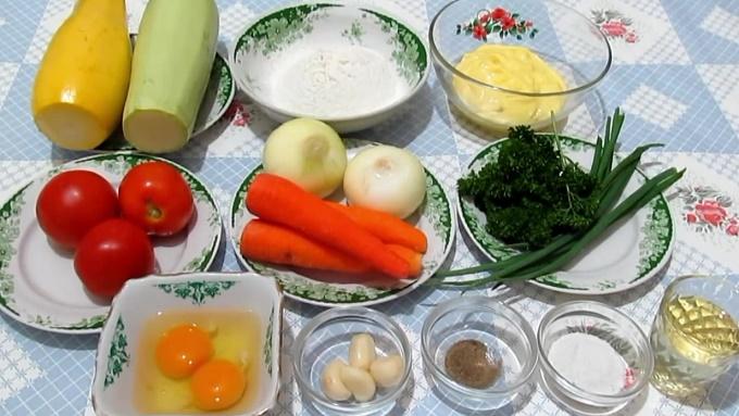 Кабачковый торт с морковью и луком - ингредиенты